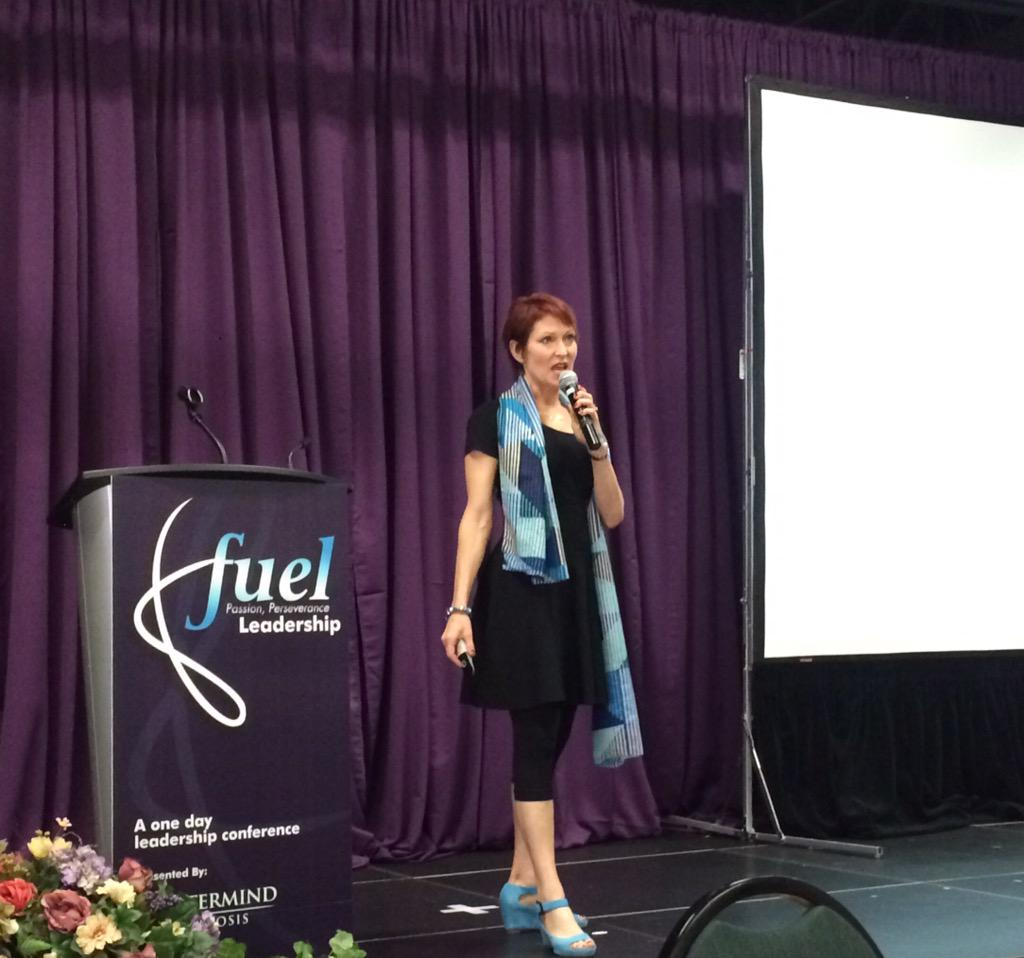 """Maureen Hagan with the closing keynote. """"Connect and relate to people with the intent to inspire"""". @GoodLifeFitness http://t.co/t6cEnlugCs"""