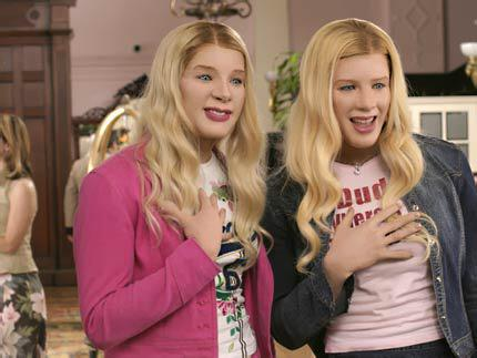Where have I seen Amy & Sally before?! Oh yeah.. #bbuk http://t.co/bShQzkcks2