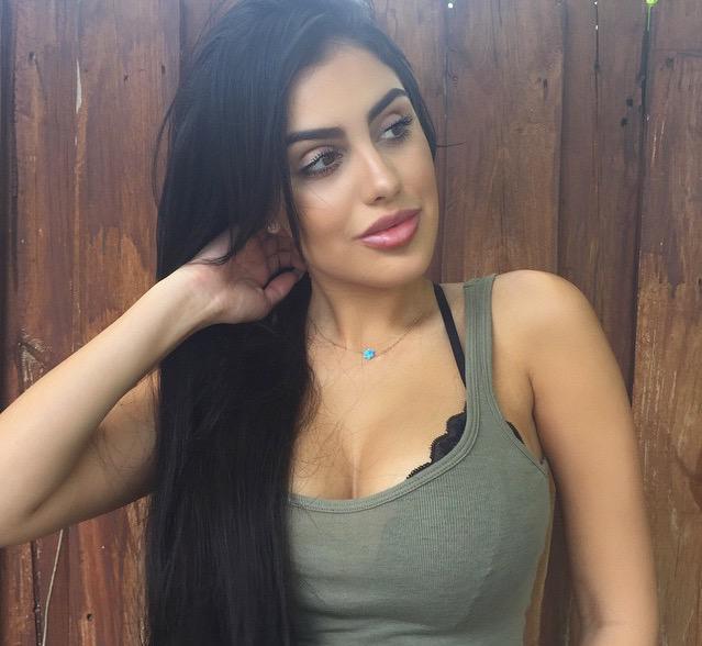 Alexa Dellanos Nude Photos 18