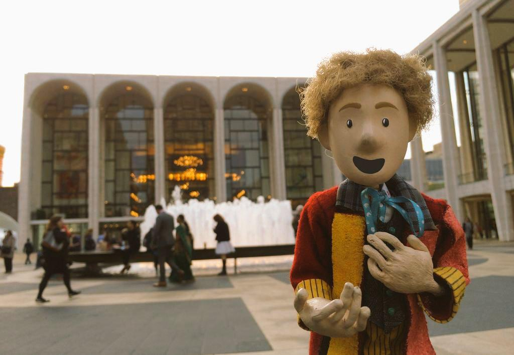 Hey, @SawbonesHex , your @TheDoctorPuppet just made his @MetOpera debut! http://t.co/KYCK51Eltc