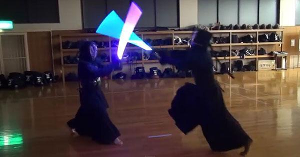 grape:ネタかと思ったら本気だった! 剣道でライトセーバーを使うとこうなる http://t.co/AzBTqwPhrf  動画がいいなあ。 http://t.co/xfjPIv6ffy