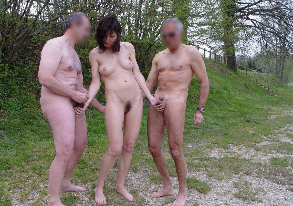 видео мужчина и женщина голые столицу