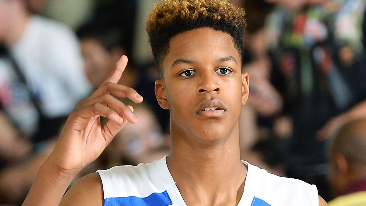 Ahh @ShaunieONeal Son RT @espn: Shaq's son is a versatile 6-8 looks to uphold the O'Neal name http://t.co/ux6euA6mFa http://t.co/KnDjepycWH