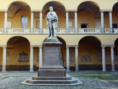 I grandi dell'Università di Pavia in piazza per la ricerca