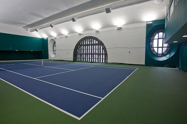 Did you know Grand Central had a Tennis Club? Me neither. Check it out: http://t.co/JZXobgjMX6 http://t.co/Uvln4lkCWV