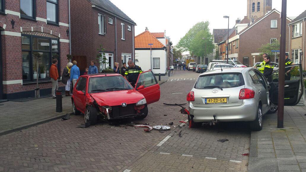 Ravage na eenzijdig ongeluk Herenstraat