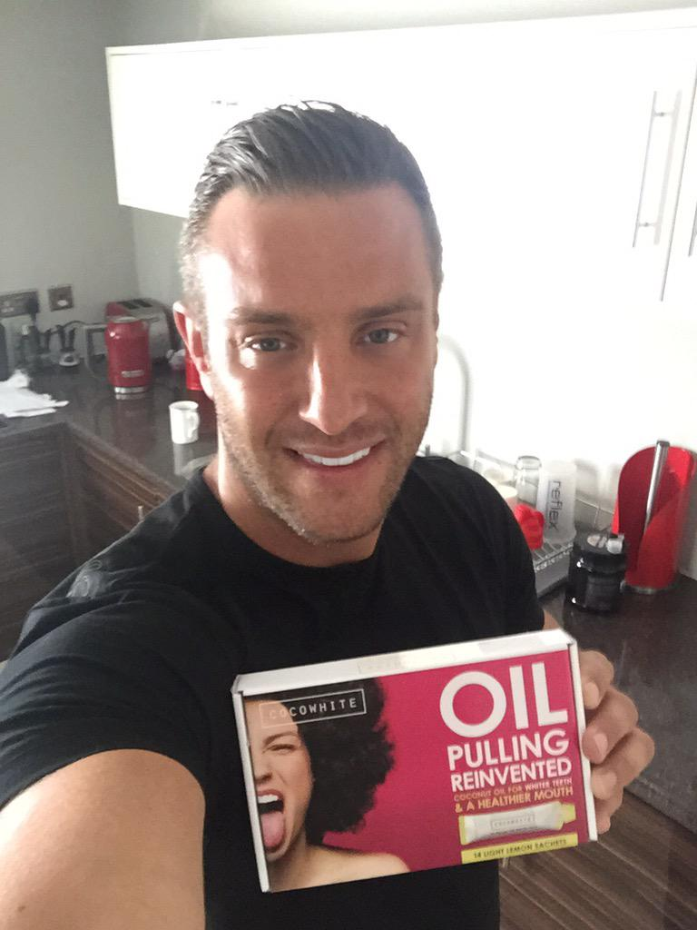 The only product I use to keep my teeth white & gums healthy @CocowhiteUK from http://t.co/O81jpsBY1Z #spon http://t.co/baFc8GMM47