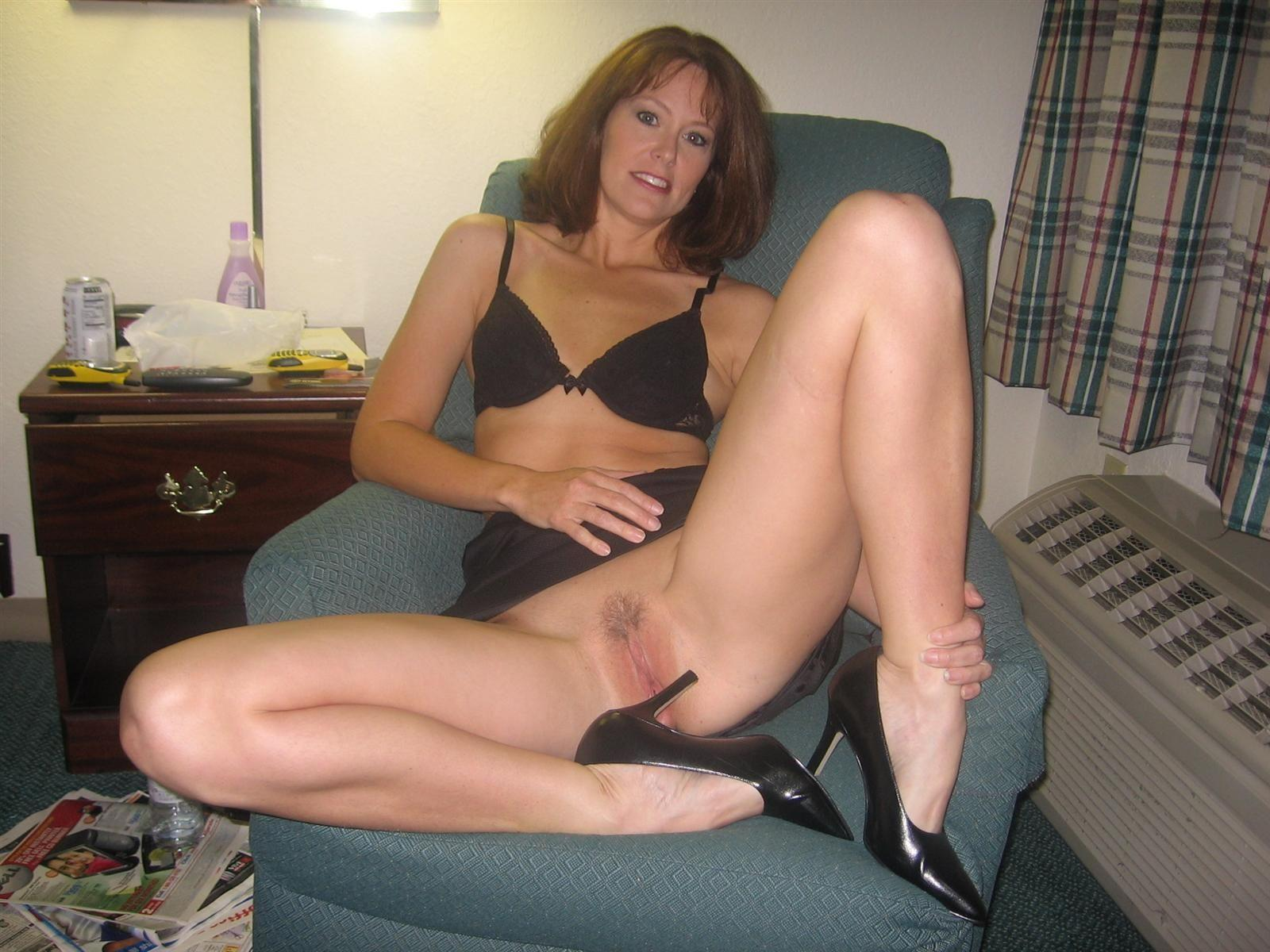Farting in pantyhose