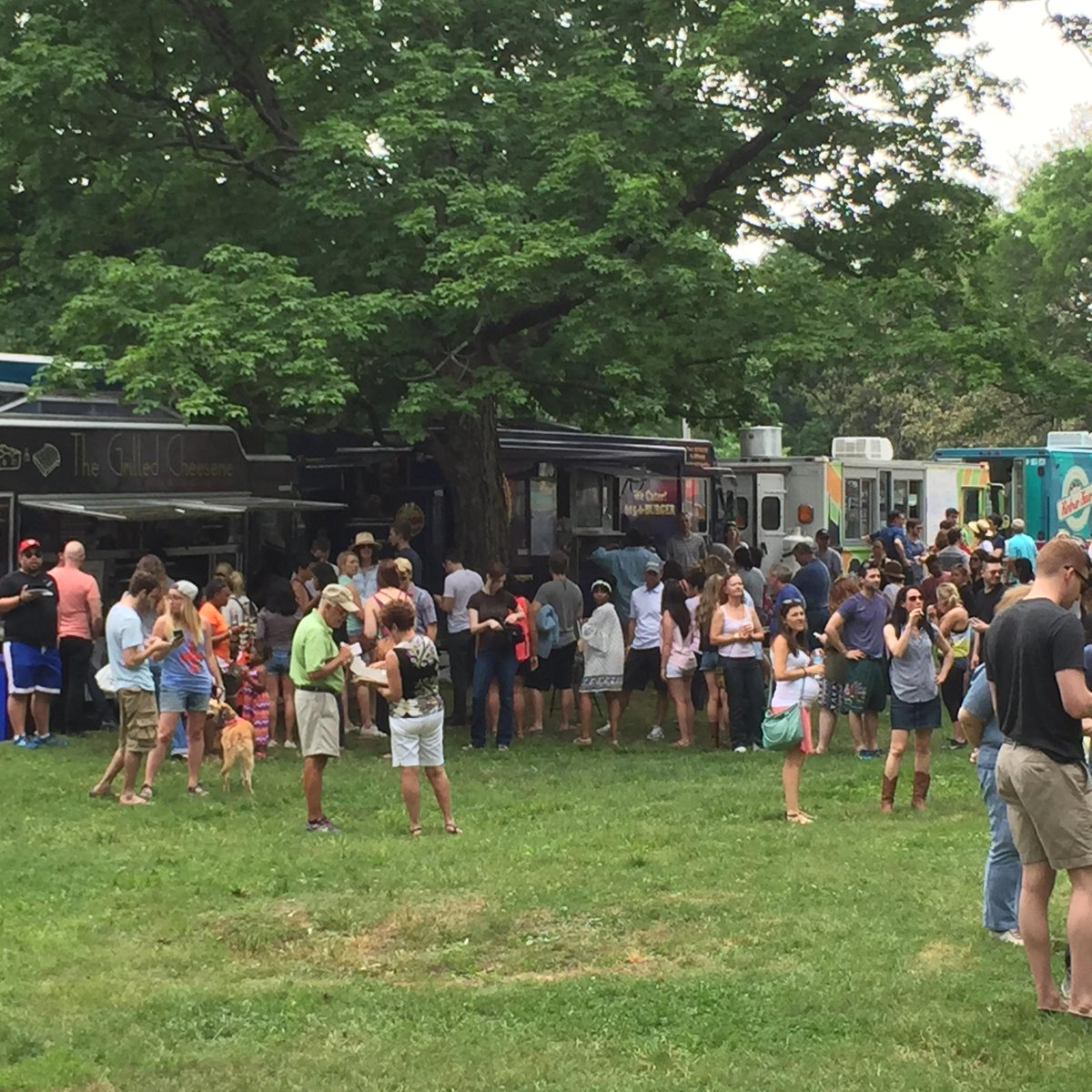 Great article today from @scavendish in the @NashvilleScene about how food trucks in Nashville http://t.co/2DT6452bTe http://t.co/ouq8p4QQZ4