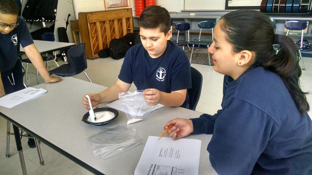 Sugar in soda...say what?! Nutrition experimentation @BVPrep #BVPcollegeday @chiachess @MarielleEmet @ http://t.co/3JoV9IUUw7