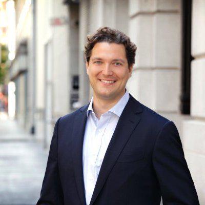 Interview   EFactor meets @zetterbe Founder & CEO of @surveypal   EFactor http://t.co/HALaAukqQk http://t.co/5dMTXqCb0E