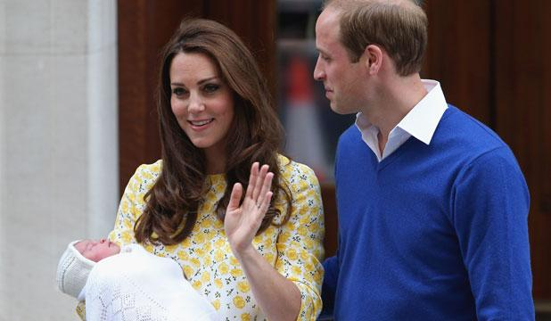 The first glimpse of the newest royal, as Kate and Prince William head home.  http://t.co/NKwZYYTsgn http://t.co/a94PpwhYtD