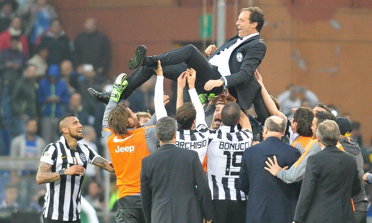 Festa Scudetto Juventus con Vidal Pirlo e Barzagli