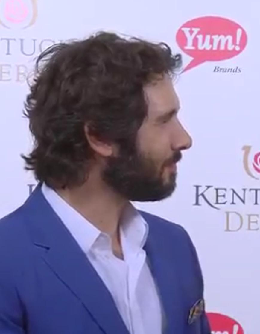 Retweet if you agree!!! .@joshgroban is… #yum #KentuckyDerby2015 http://t.co/2MM0VwIbDt