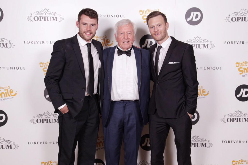 The dream team that is three @Sidley_OUAS #GrandBall2015 @HiltonMCR @djillings, @DannyBMiller and dad Vince. http://t.co/688tWHtRw6
