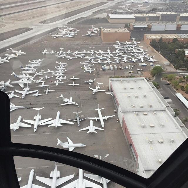 Private jet terminal in Vegas via @marcjay702 http://t.co/y7SzANauMP