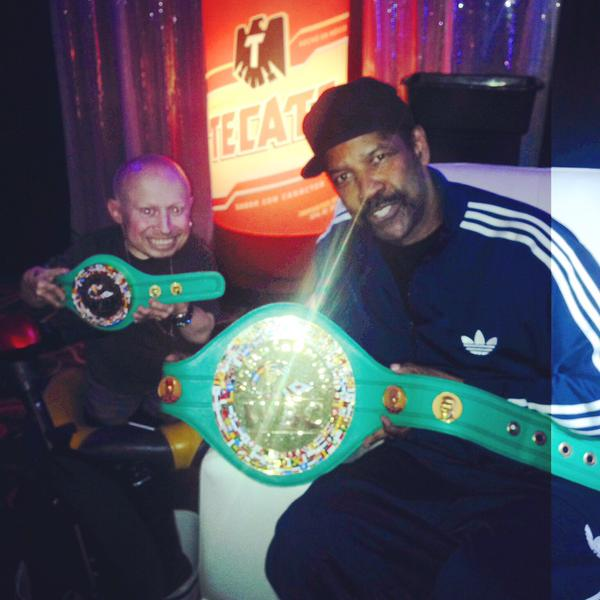 Here's Denzel and Verne Troyer with belts. Why not? http://t.co/tQj1ZvXJIh http://t.co/5yzesDbK0p