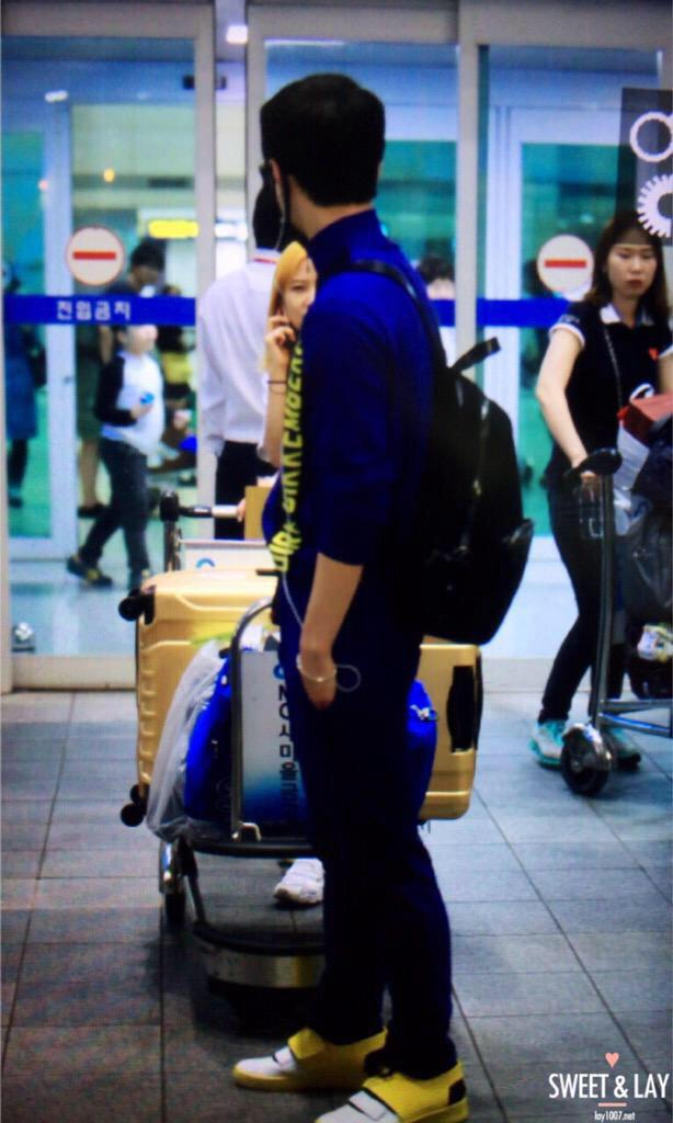 <150503> LAY is back~ ❤️ #WelcomebackLay cr. humblechen/1007.net http://t.co/W9lx0Rt8ET