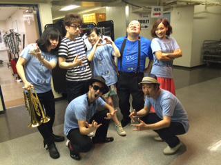 花澤香菜、武道館ライブ、無事、終了!!!ホントに良いライブだった!!ディスティネーションズのみんなで!!!!! http://t.co/DMmDFVuDSv