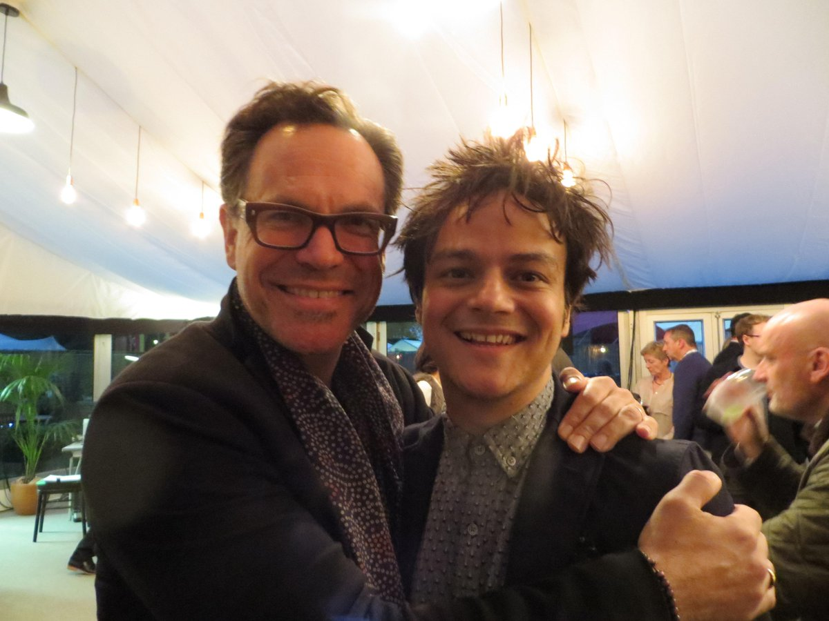 Such fun with these two tonight at #cheltjazzfest! Loved it :) @jamiecullum #kurtelling http://t.co/I2zzTy1qPw