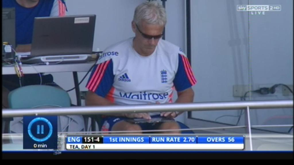 Hang on, this bloody thing was never plugged in.... #WIvEng http://t.co/g7acKpHS8y
