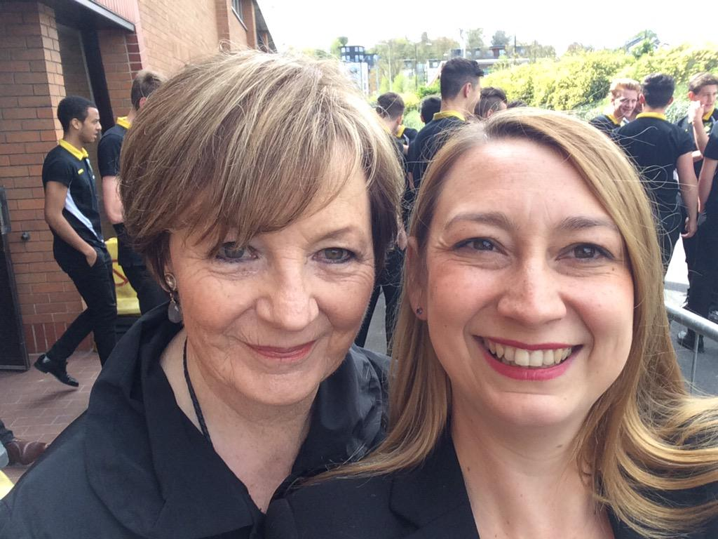 """I was delighted to meet Delia Smith who says voting Tory will be a """"recipe for disaster"""" for the NHS. #SayYesToJess http://t.co/m6NB29wrst"""