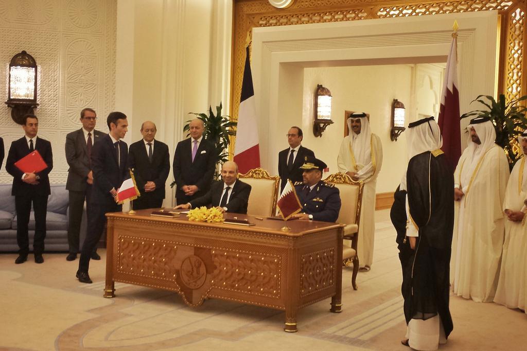 قطر على وشك شراء 36 مقاتله رافال من فرنسا  CEJsxxlWAAAPoXq