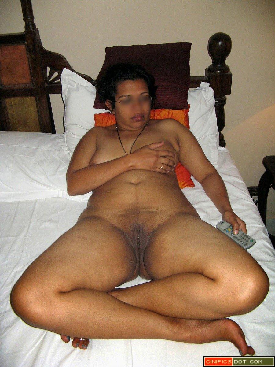 femme mature nue escort marocaine