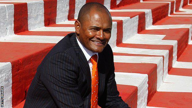 RT @BBCSport: Who remembers Shaun Bartlett?  He's had a very successful start to life as a manager... http://t.co/p8QggBQ2oY #cafc http://t…