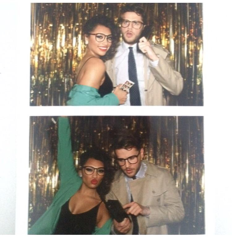 We do love a photo booth! 💰📞👓💄 @instagazman #80s #BuySellBuySell http://t.co/DSlZWR8Eex