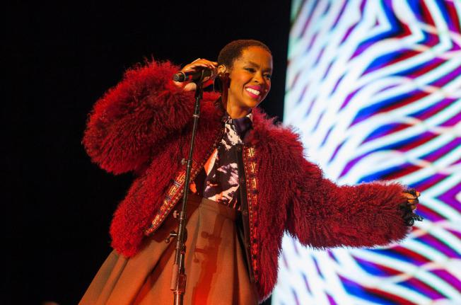 Lauryn Hill cancels Israel show to avoid stirring tensions http://t.co/Ftv3OpcUON http://t.co/0JRwiz9B46