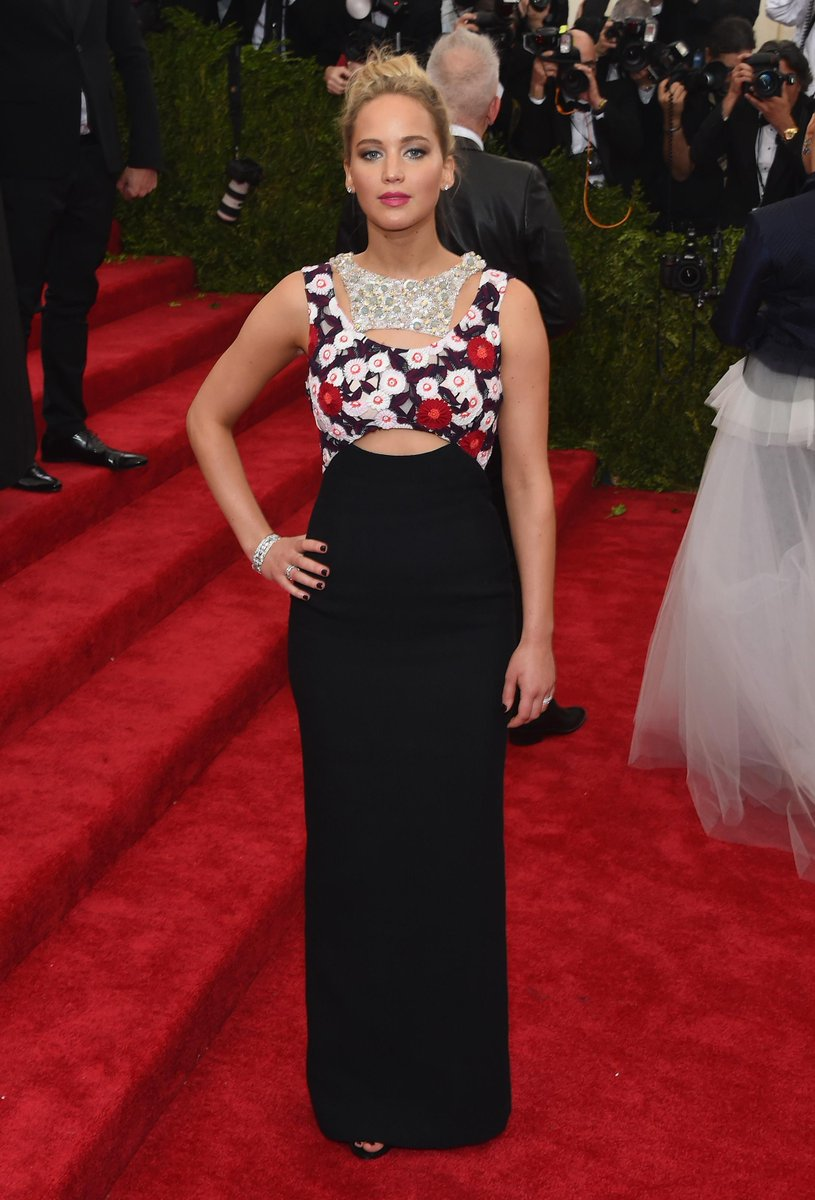 Jennifer Lawrence, co-chair of this year's #MetGala, graced the red carpet in a Dior couture gown. #Diorcouture