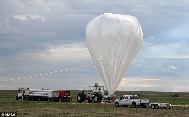 FOTO Pallone aerostatico sperimentale della NASA