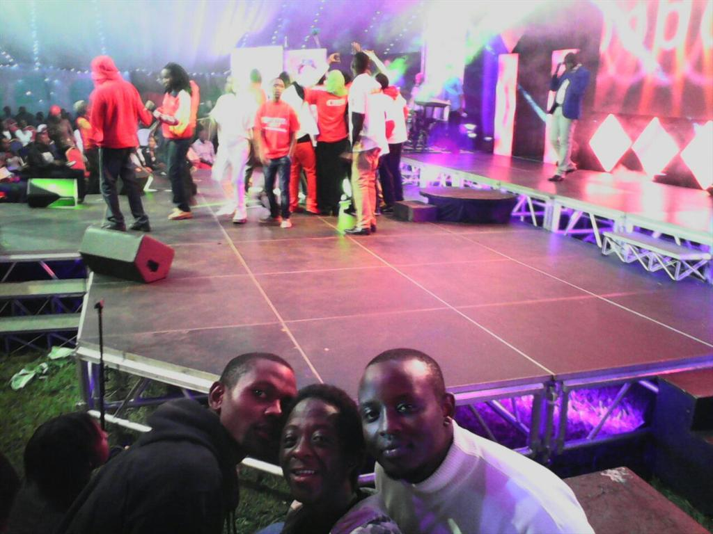 @GMONEYizME @HomeboyzRadio #HBRSelfie &amp; #GMITM weekend at #teamAmeruCrew performance #mwinire #meruKenya <br>http://pic.twitter.com/qQaIvBZHxE