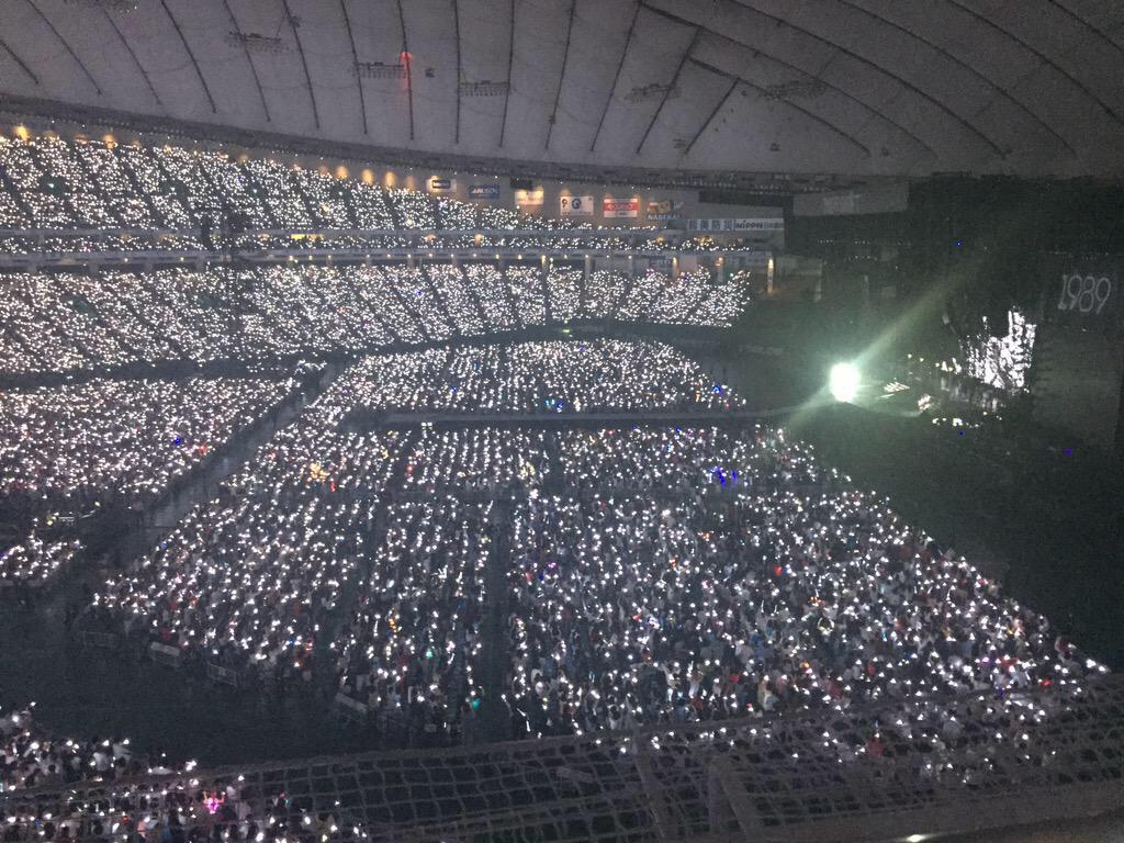 Taylor Swift Philippines On Twitter The 1989 World Tour Tokyo Night 1 That Is A Beautiful Crowd 1989tourtokyo Http T Co 9i7qbf2gln