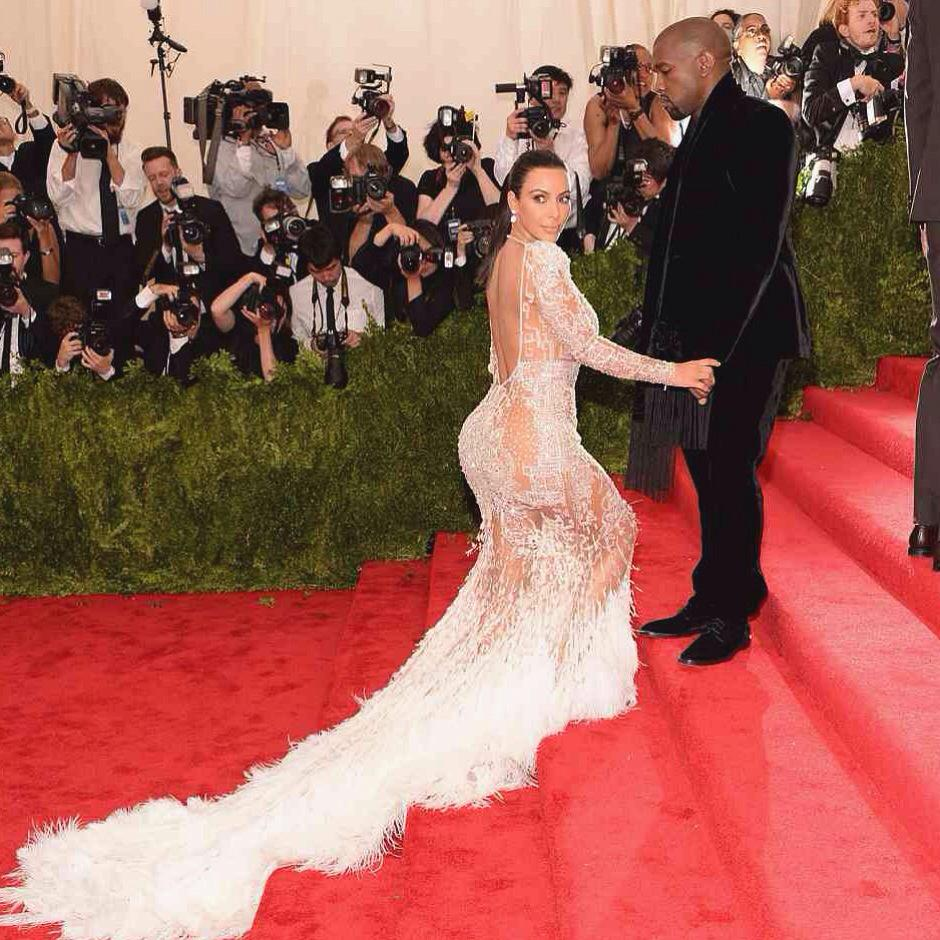 I have to give it to her Kim K won best dress at the #MetGala in my eyes