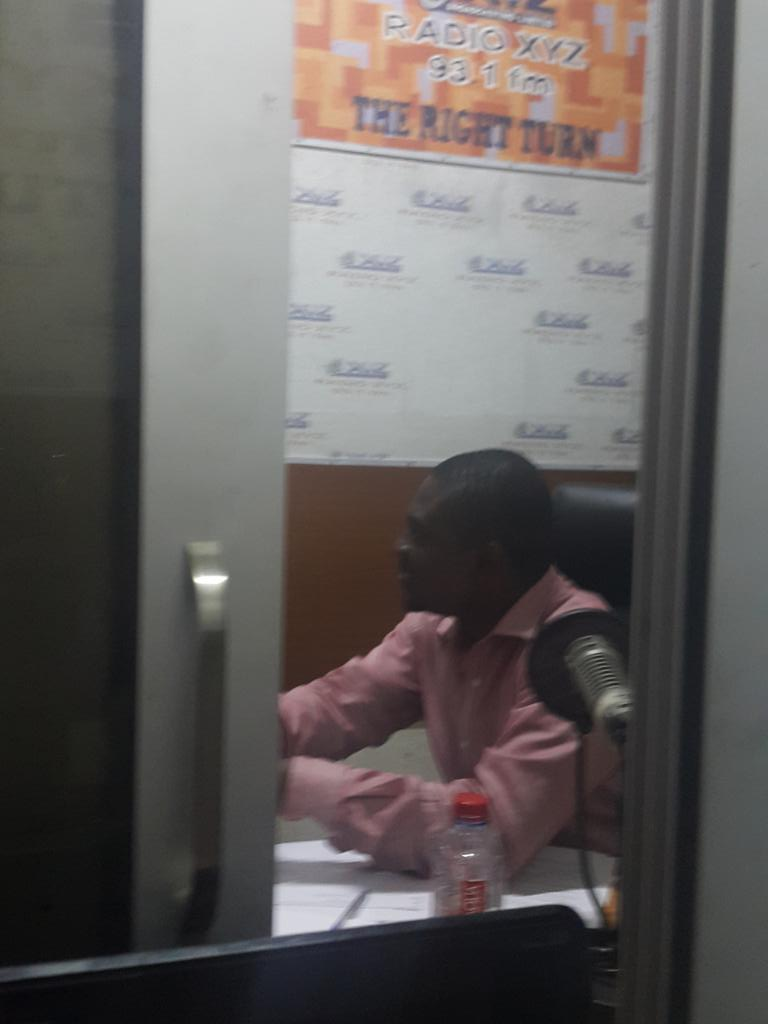 Kojo Wilmot of @iom speaking to Dr.Akuffo and @juandan71 on #migration #migrantcrisis @wacsi @OSIWA1 http://t.co/hZhBjpVJCQ