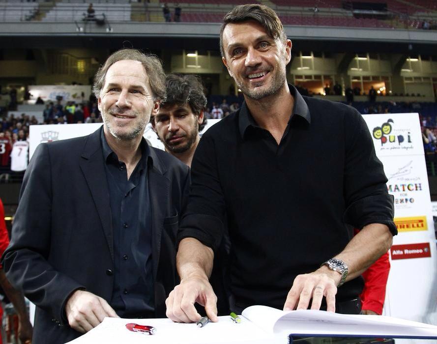 Maldini và Shevchenko ủng hộ bán Milan