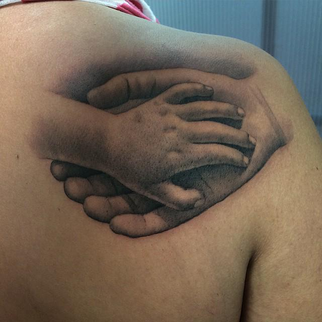 Patan Tattoo Oficial On Twitter Manos Madre E Hijo At Poltattoo