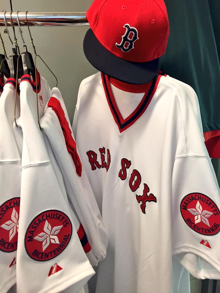 official photos f1030 17af6 Boston Red Sox в Твиттере: «1975 throwbacks are lined up in ...