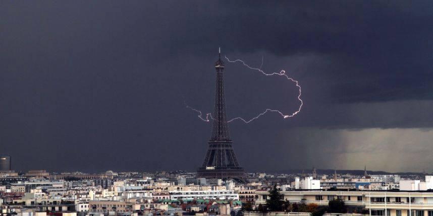------* SIEMPRE NOS QUEDARA PARIS *------ - Página 6 CEQq4UmWoAAtXUr