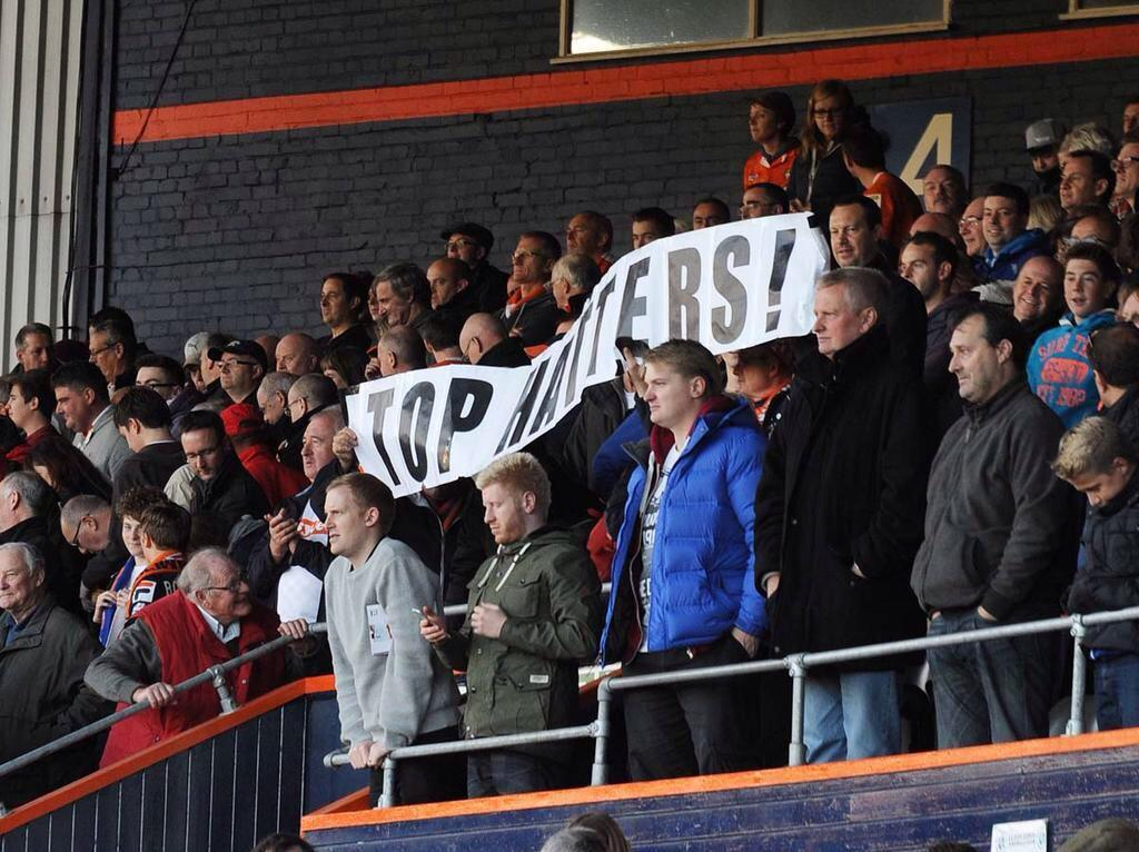 Hatters average home attendance: 8,702 (2nd highest in Lge 2). Average away following: 1,197 (highest in League 2) http://t.co/LazteIoVNI