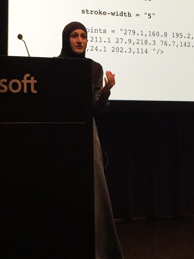 Listening to the inimitable @SaraSoueidan share her amazing SVG knowledge. What a fabulous person. http://t.co/nlWGObiRO4