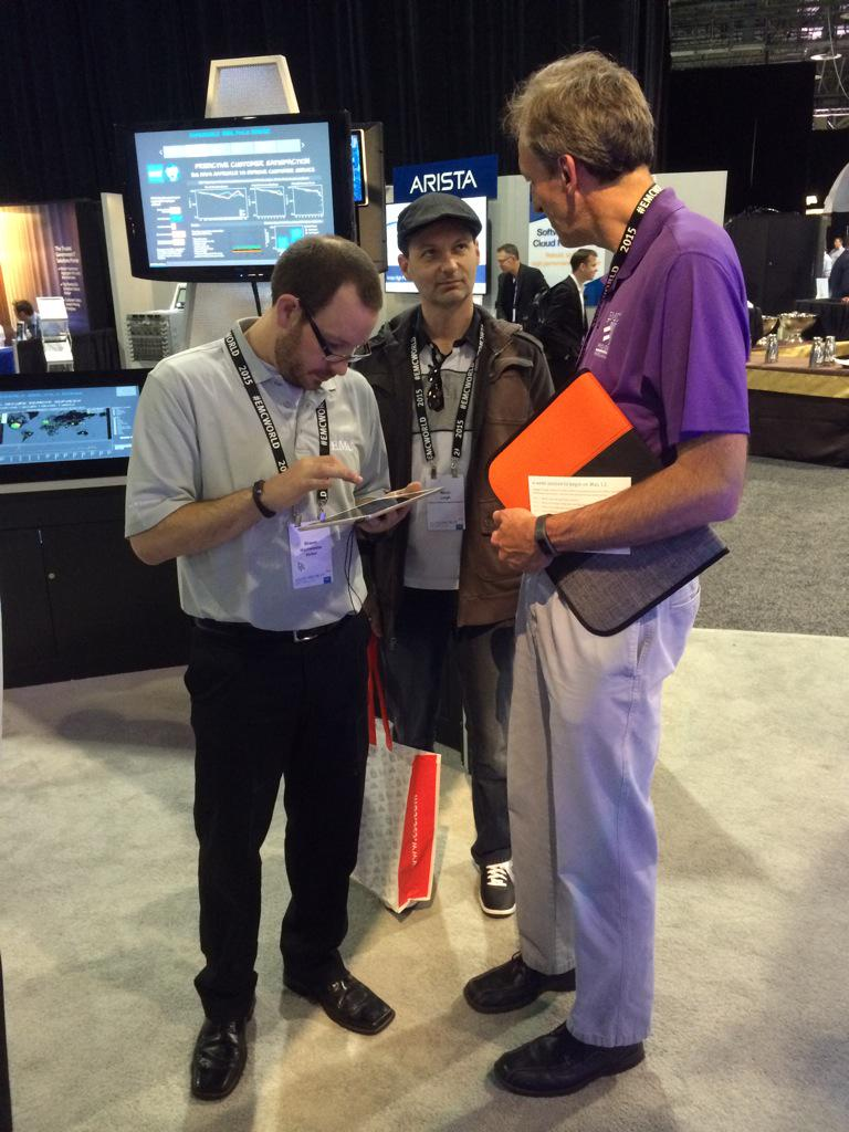 Our great @WalkerInfo helpers collecting tons I feedback with our VIA tool at the TCE booth 463 #EMCWORLD #CX http://t.co/ah0oFmJl8Z