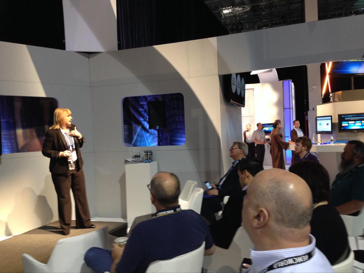 Great customer feedback & questions when @camuise4 shared #cx analytics tools at #emcworld in the @emcgs booth! http://t.co/dJCo9x5qR1