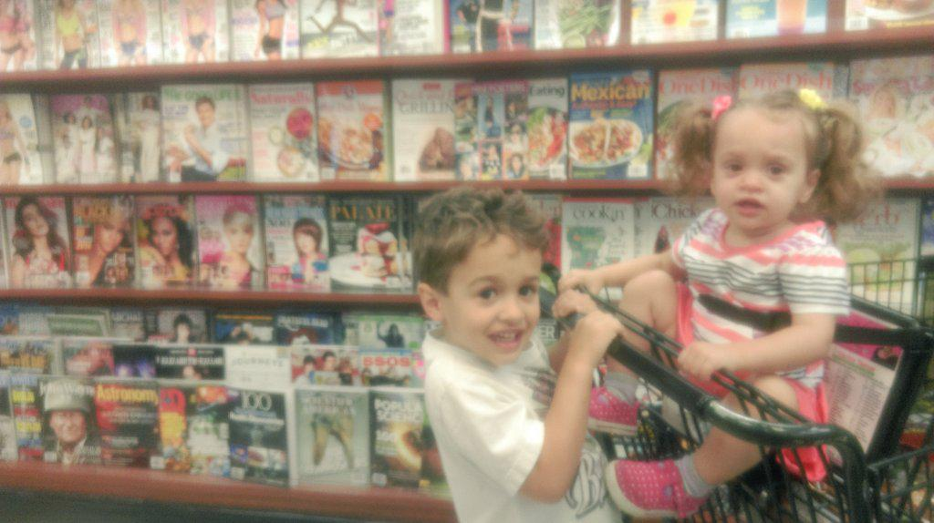 Moms Can Do It All! Media/Magazine Research Tip When Grocery Shopping With Your Kids