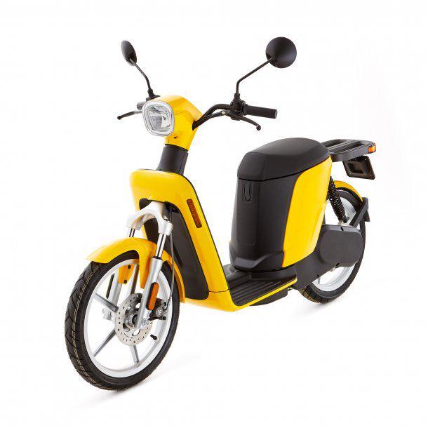 Mobilità eco-friendly: A Bologna biciclette e scooter elettrici targati Askoll