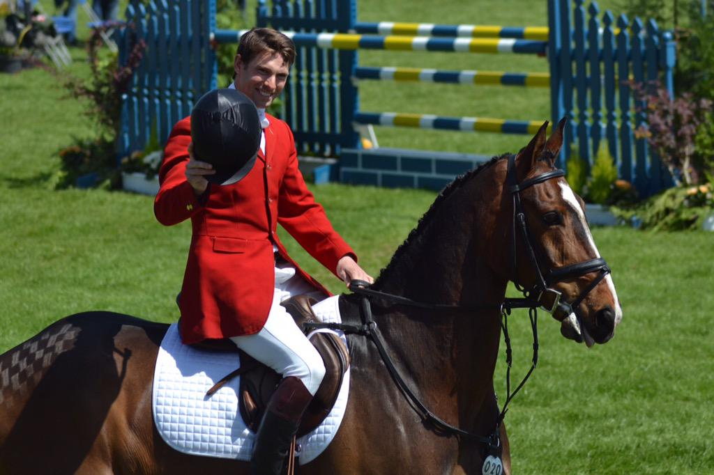 Timehop is great this time of year for Badminton photos. Here's @Harry_Meade & the wonderful Wild Lone two years ago http://t.co/ZZVqMAZz7F