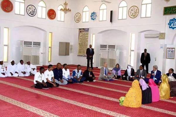 المهازل العالم الإسلامي تتواصل