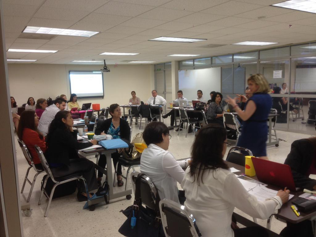 Iniciamos módulo 3, Enseñanza y Aprendizaje STEM de @CTSC_TC http://t.co/4Kmd7mQ8L8